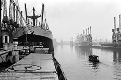 Ships unloading in the docks at Manchester seen through the mist May 1967. #Vintage #Classic #Old #Retro #Historic #OldFashioned #Manchester #MCR #NorthWest #photos #photographs #pictures #images #prints