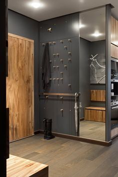 Home Decorating Ideas Modern Cool concept for entry way? Home Decorating Ideas Modern Source : Cool concept for entry way? Flur Design, Hall Design, Design Design, Modern Design, Design Room, Room Interior, Interior And Exterior, Interior Design, Small Rooms