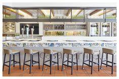 Galería de Casa Carmela / nihil estudio - 15 Valencia, Sas Travel, Table, Furniture, Home Decor, Journal, Design Projects, Studio Apartment Design, Houses