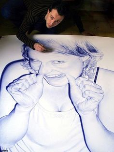 Very talented artist using only the ball pen for his art pieces...