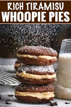 These whoopie pies are packed with classic Italian dessert flavors. Soft and fluffy chocolate espresso cookies, sandwiched with a rich mascarpone kahlua frosting! Whoopie Pies, Italian Desserts, Italian Recipes, Italian Pastries, Cookie Sandwich, Chocolate Espresso, Espresso Coffee, Mint Chocolate, Chocolate Chips