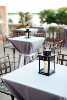 Looking for a way to make your wedding's cocktail hour a little different from the norm?