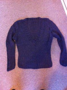 V-sweater