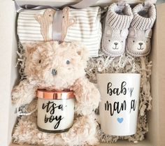 DIY Personalized Gift Baskets More from my siteDIY Baby Shower Gift Basket Ideas for GirlsHow to Make a Baby Onesie Flower Gift Basket Baby Gift Box, Baby Shower Gift Basket, Baby Shower Gifts, Baby Shower Presents, New Baby Gifts, Baby Presents, Baby Boy Diy Gifts, New Mom Gift Basket, Diy Baby