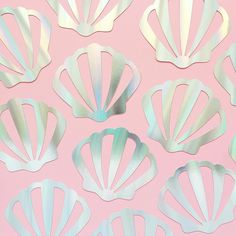 It's another week of hot, hot heat here so I'll be living in the kiddie pool and channeling all them mermaid vibes 🐚 Iridescent Shell Banners are available in the shop pattern shells