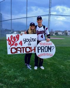 Cute Homecoming Proposals, Formal Proposals, Homecoming Pictures, Prom Pics, Prom Pictures Couples, Prom Couples, Baseball Proposal, Baseball Couples, Baseball Gifts
