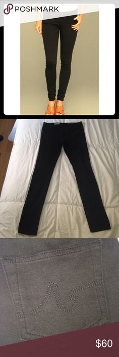 Awesome AG super skinny The Legging in black I love legging pants and these are great! Classy and chic. They have belt loops if you want to wear a belt. They are legging material. They are 65% prima cotton. So they aren't super tight. They have a nice amount of awesome stretch! Pre loved. Amazing condition. No pulling or tears on these legging pants.Or piling. Open to offers🎉 Waist measures across at 14 1/2 rise 7 1/2 inseam 31 AG Adriano Goldschmied Jeans Skinny