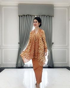 Ideas For Dress Hijab Gowns Products Batik Kebaya, Kebaya Dress, Kebaya Brokat, Blouse Batik, Batik Dress, Kimono, Hijab Gown, Hijab Dress Party, Trendy Dresses