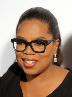 Out and about promoting her new series, OWN's Greenleaf, we've kind of been inundated with images of Oprah's chic-as-hell glasses.