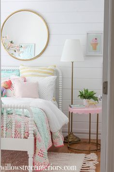 beautiful girls bedroom inspiration willow street interiors girl bedroom decor with jenny lind spindle bed and target bedding scallop pillowfort t Girls Room Design, Girl Bedroom Designs, Design Girl, Chair Design, Design Design, Interior Design, Big Girl Bedrooms, Little Girl Rooms, Modern Girls Rooms