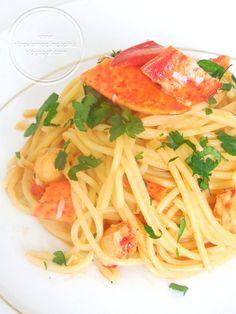 Ritroviamoci in Cucina: Spaghetti all'Astice a Modo Mio... e ditemi che capita anche a voi.