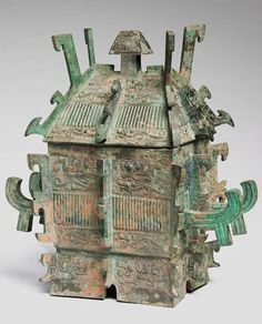 Large Covered Ritual Wine Container (Fangyi), Chinese, late Shang or early Western Zhou period, 11th-early 10th century BC, Harvard Art Museums/Arthur M. Sackler Museum.