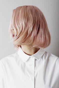 Pink hair blunt
