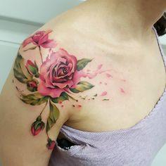 Ideas tattoo shoulder flower rose coloring for 2019 Unique tattoo – Fashion Tattoos Pretty Tattoos, Cute Tattoos, Beautiful Tattoos, Tatoos, Finger Tattoos, Body Art Tattoos, Sleeve Tattoos, Feminine Tattoos, Unique Tattoos