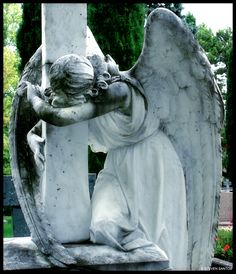 mourning angels are my favorites, they look so beautiful