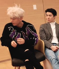 """Baekhyun's personal hair stylist ✧ 191127 VLive """"X-EXO appears or EXO appears"""""""
