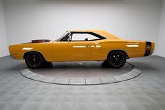 1969 Dodge Coronet A12 Super Bee Six-Pack, 440 3x2bbl V8/A883 4speed/HD 4.10 SureGrip Dana Axle