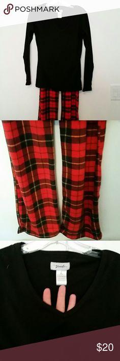 Plaid pajama set..LAST CHANCE Soft top and bottoms v neck and adjustable waistband stretchy Intimates & Sleepwear Pajamas
