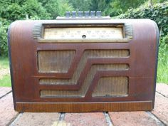 Vintage 1938/39 Philco 39-75T AM Tube Radio Broadcast Super-Heterodyne Walnut