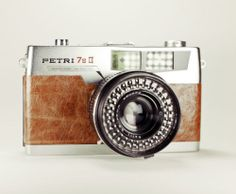 Petri 7s II Rangefinder / Brown Leather / LightBurn Film Camera / 45mm f2.8 Lens /