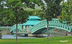 Garden Bridge, Outdoor Structures, Travel