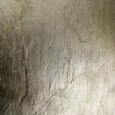 PLATINUM METEOR    Style  GILDED   Thickness 0.5 mm   Content Fibreglass, Aluminium, Stone & Lacquer    Colour Platinum   Size made to order   Origin United Kingdom   Notes: Subtle variations in colour and texture are to be expected with this hand made finish                                                                                          PREV /NEXT