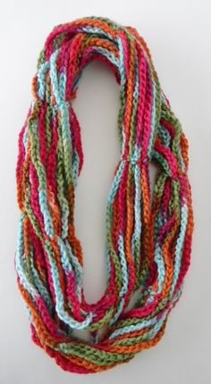 Glamour Infinity Collier Echarpe - Glamour4You-Glamour Infinity Collier  Echarpe - Glamour4You - COLLIER-SNOOD-ECHARPE-INFINITY SCARF - TOUT EN  CHAINETTE 305e1355167
