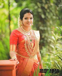 Wedding Make Up, Wedding Bells, Wedding Bride, Wedding Ideas, South Indian Bride, Indian Bridal, Bridal Jewellery, Diamond Jewellery, Gold Jewelry