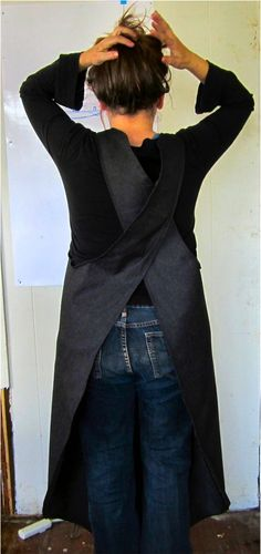Mobius apron instructable. This might be good when painting (& add a big pocket)