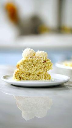 Que tal presentear quem você ama com essa lindo e delicioso bolo beijinho?