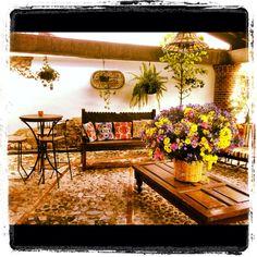 Antigua Guatemala, hotel lobby