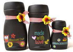 Nescafe bottle do-over Plastic Bottle Crafts, Wine Bottle Crafts, Mason Jar Crafts, Coffee Jar Crafts, Coffee Jars, Bottle Painting, Bottle Art, Recycled Bottles, Recycled Glass