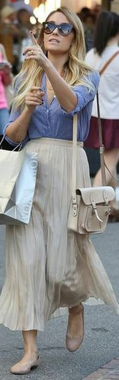 1001c1756d Who made Lauren Conrad's nude scallop ballet flat shoes and handbag that  she wore in Los