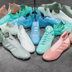 i want all these cleatsss Best Picture For pink Soccer Cleats For Your Taste You are looking for som Pink Soccer Cleats, Best Soccer Shoes, Womens Soccer Cleats, Soccer Gear, Soccer Stuff, Soccer Tips, Cool Football Boots, Football Shoes, Adidas Soccer Boots