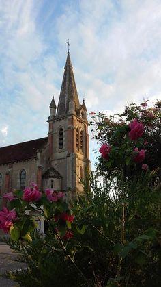 """Eglise de Combreux - Vue de la terrasse de l'Auberge """"La Croix Blanche """" - Loiret- France -"""