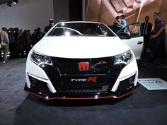 Honda's America-bound Civic Type R promises to be a scorching front-wheel-drive hatch with a 340-horsepower turbo 2.0-liter, according to an overseas repor