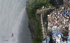 Tightrope walker Nik Wallenda becomes first man to cross Niagara Falls - Telegraph