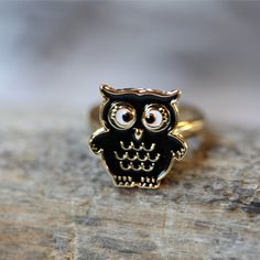 I need this. Not just because its an owl but he's cross eyed too.