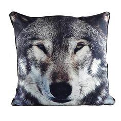 wolf pillow / empik.com