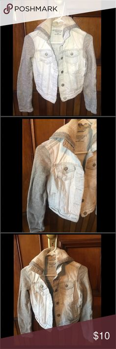 Aeropostale Small Jean Jacket Sweater Aeropostale Small Jean Jacket Sweater worn a couple of times.  In good condition with no damage.  Smoke and pet free home. Aeropostale Jackets & Coats Jean Jackets