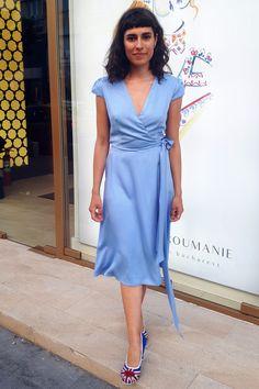 Wrap Dress Midi, Party Outfits, Simple Lines, Elegant, Blue, Dresses, Fashion, Classy, Vestidos