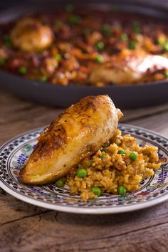 A boozy chicken and rice dish perfect for a special occasion. This arroz con pollo includes white wine, sherry AND beer!