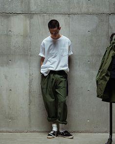 "WTAPS Presents Clean Workwear in New ""Mill (UNIFORMS)"" Diffusion Line: Military-inspired streetwear gets simplified. Moda Streetwear, Streetwear Fashion, Men Street, Street Wear, Japanese Streetwear, Mens Fashion, Fashion Outfits, Fashion Styles, Mode Style"