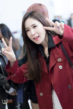 CRAYON POP - ChoA #초아 (Heo MinJin #허민진) airport commute at M!Countdown in Jeju 161027 #크레용팝 #엠카운트다운 in 제주 김포공항 직찍 by 날따라햌