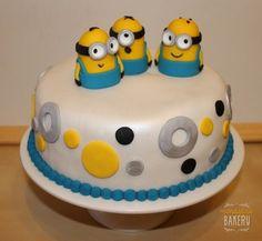 Minions party - Minions sponge cake