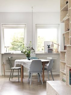 Dining room. Nordic with a romantic touch. Photo Petra Bindel