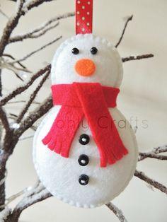 Christmas Snowman Felt Decoration x1 di DevonlyCrafts su Etsy, £6,00