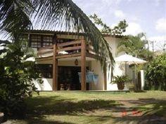Casa Com 2 Pavimentos 4 Quartos Em Praia Do Forte - Linda casa com 192m2 de área construída , condominio fechado , próximo de belas praias.