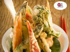 LA MEJOR COMIDA JAPONESA EN POLANCO. En Restaurante Kazuma queremos que disfrute de la mejor comida japonesa. Por esta razón, contamos con exquisitos Tempuras, uno de ellos es el TEMPURA ESPECIAL elaborado a base de camarón, calamar, king crab, langostino y verduras. Un platillo que no puede dejar de probar. Le invitamos a visitarnos en Julio Verne #38 Col. Polanco México, D.F.  #restaurantekazuma