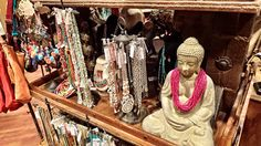 Pick up a trinket for a friend or yourself from Sir Kartrite's travels around the world at Relic Retail! #CamelbackLodge